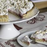 Afternoon tea - meringue cake